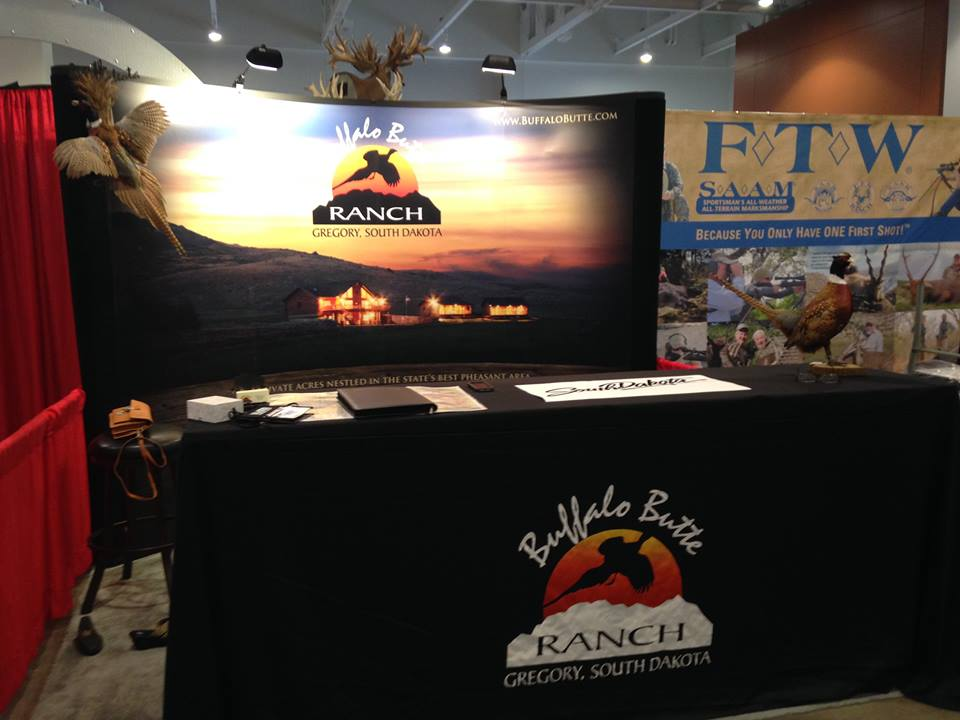 Outdoor trade show tips hunting fishing expo booking for Hunting and fishing show